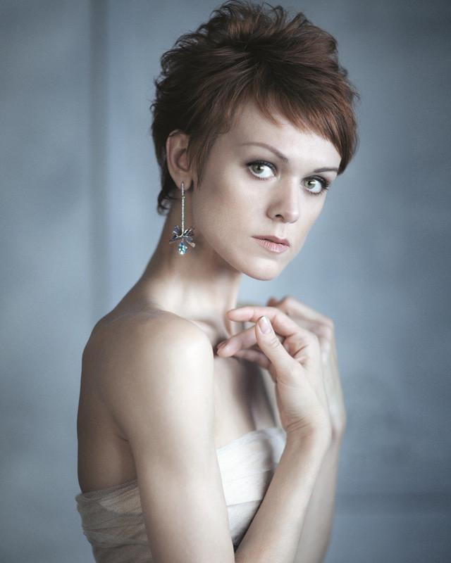 https://www.balletandopera.com/photos_info/person/pr_dancer/lopatkina/big/1475178387_lopatkina_portret.jpg