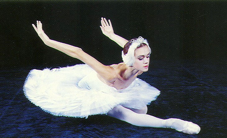 https://www.balletandopera.com/photos_info/person/soloists/lopatkina/lopatkina3.jpg